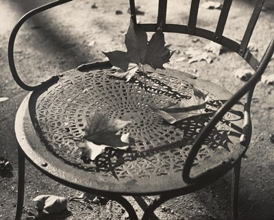Photo by Ilse Bing